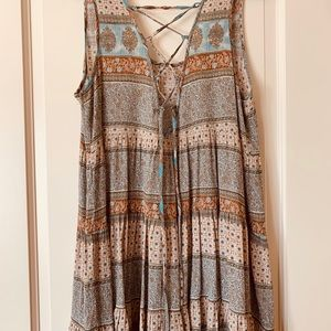 Sun dress laces in the back Size L